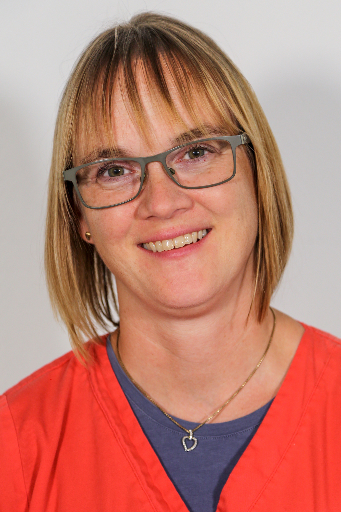Frau Claudia Schenetin