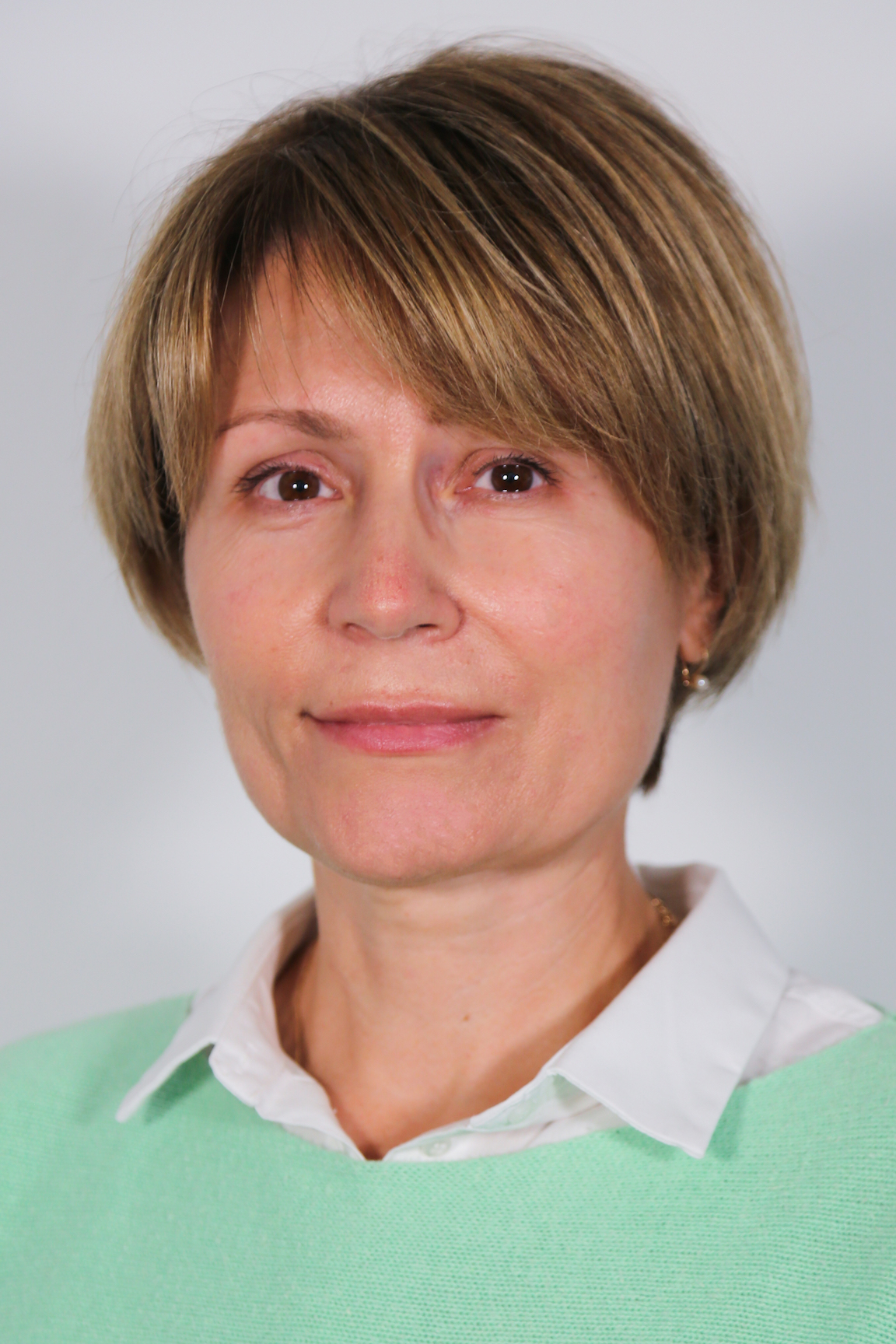 Frau Dr. Larysa Kmit
