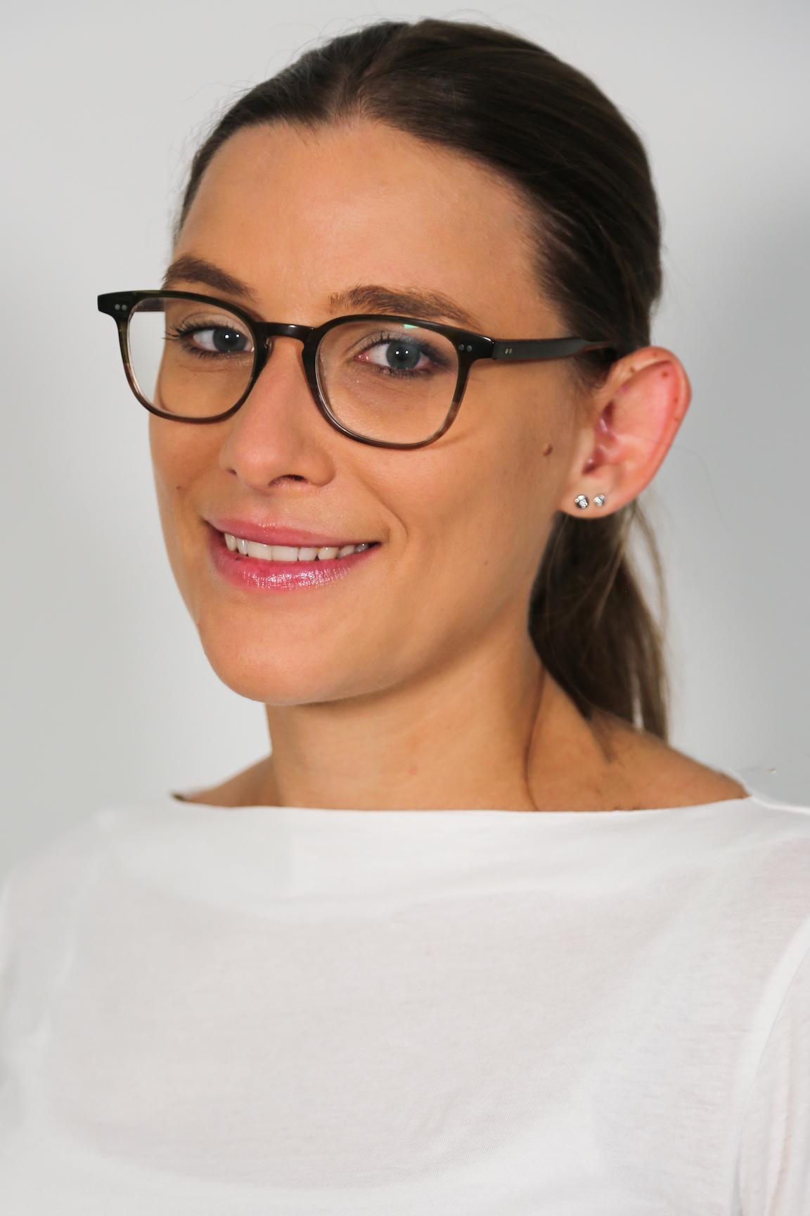 Frau Dr. med. Iris Bayer
