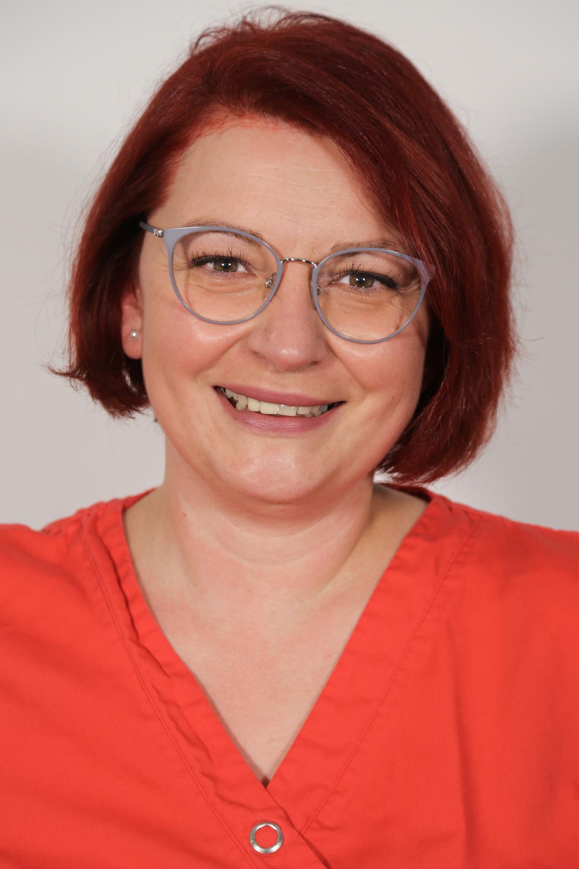 Frau Elma Bajric