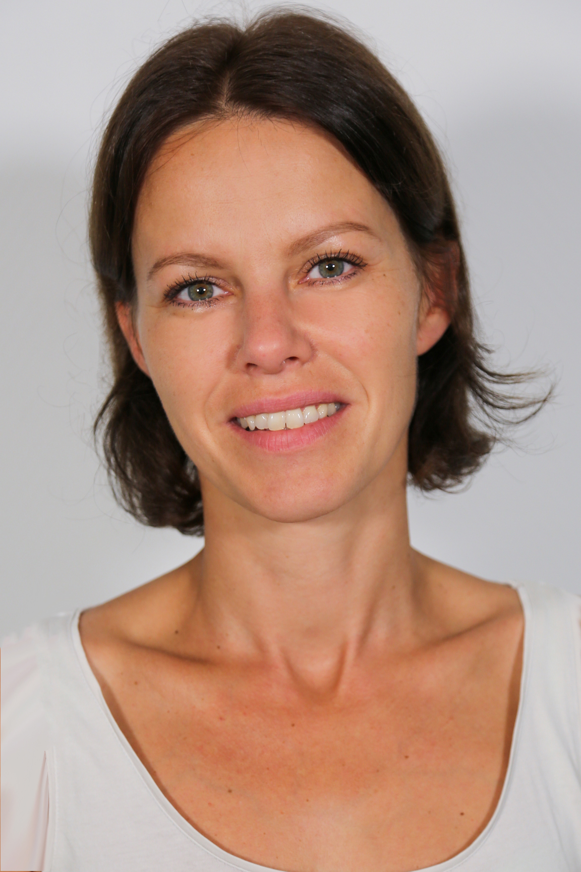 Frau Veronika Gratz
